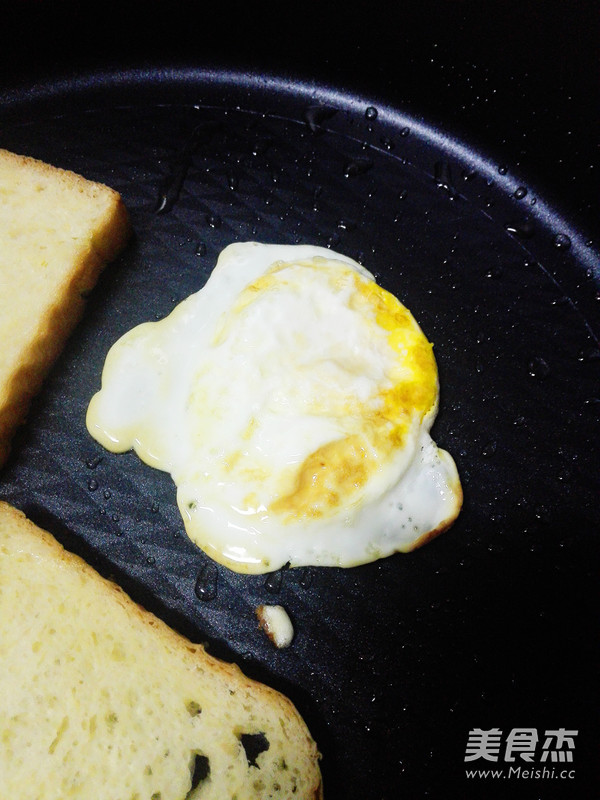 鸡蛋三明治怎么做