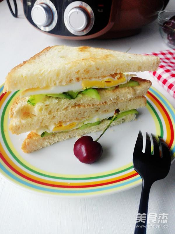 鸡蛋三明治怎么煸