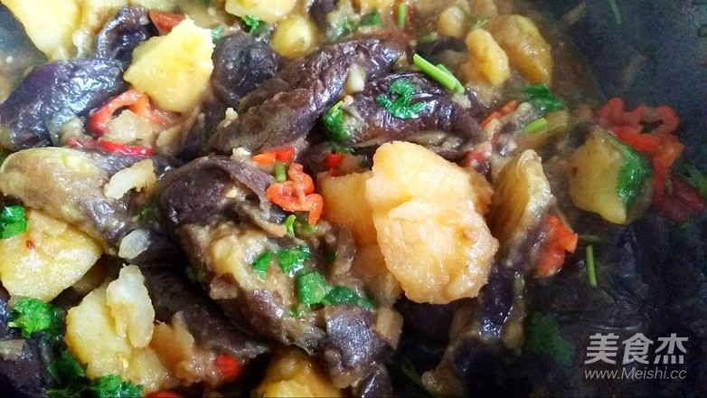 土豆炖茄子的简单做法