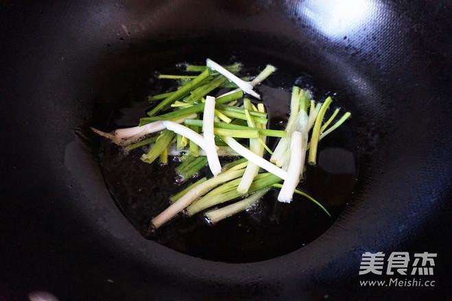 胡萝卜牛肉焖饭的简单做法