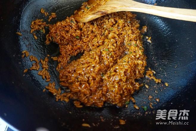 酱油炒饭怎么吃