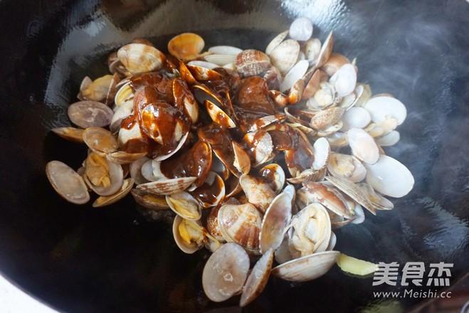 黑胡椒爆花蛤怎么煮