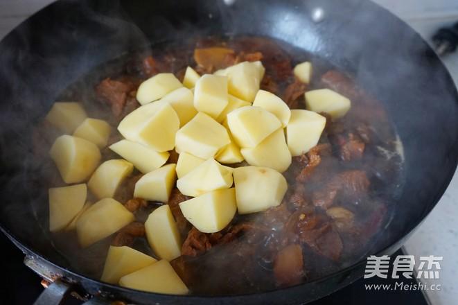 红烧牛肉怎样炒