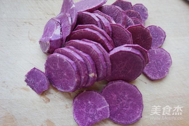 玉米片紫薯球的步骤