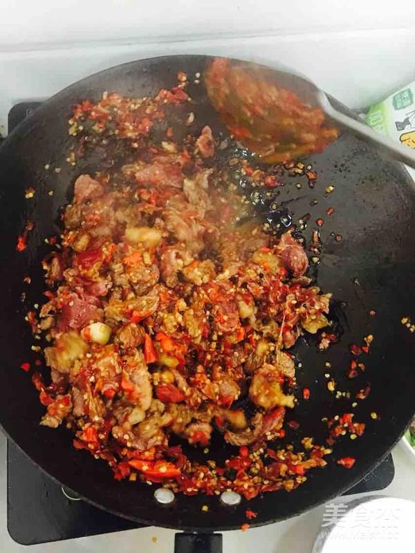 干锅牛肉怎么炒