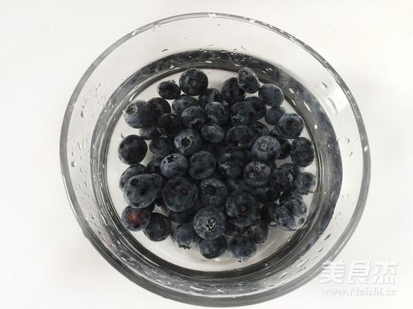 爆浆蓝莓蛋挞怎么做