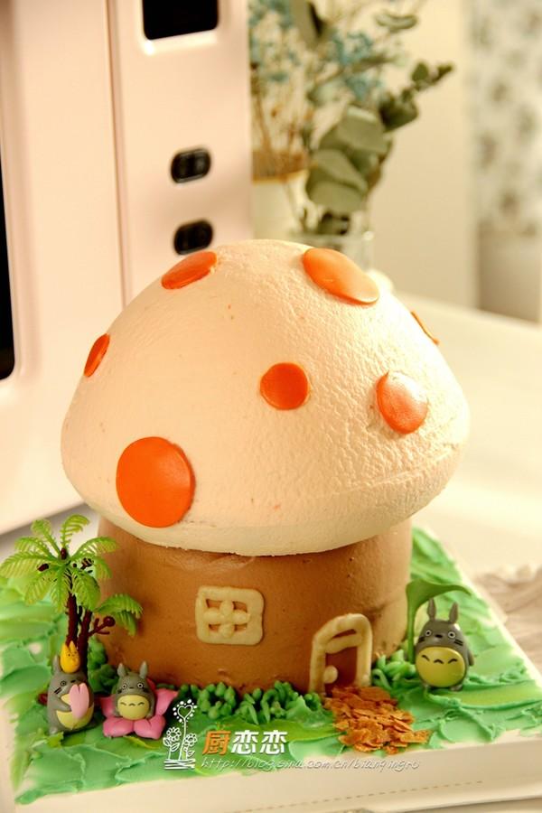 蘑菇蛋糕成品图