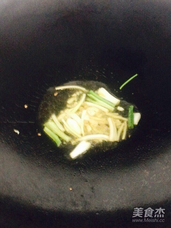 青椒炒腊肠的简单做法