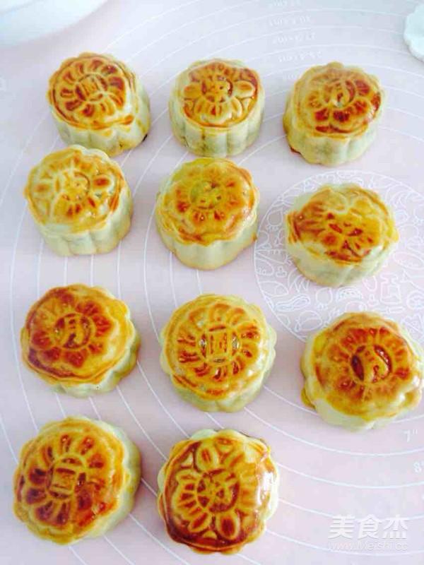 莲蓉蛋黄月饼的做法大全