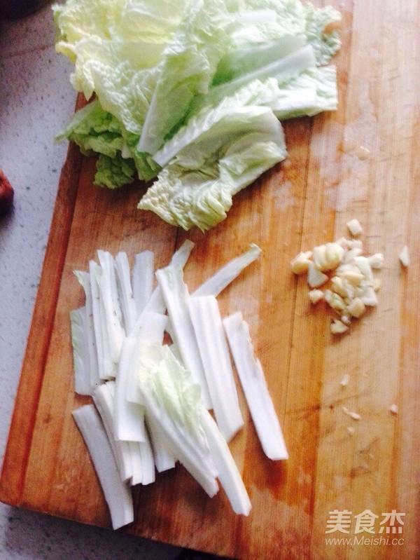 酸辣荷包蛋白菜米粉的简单做法