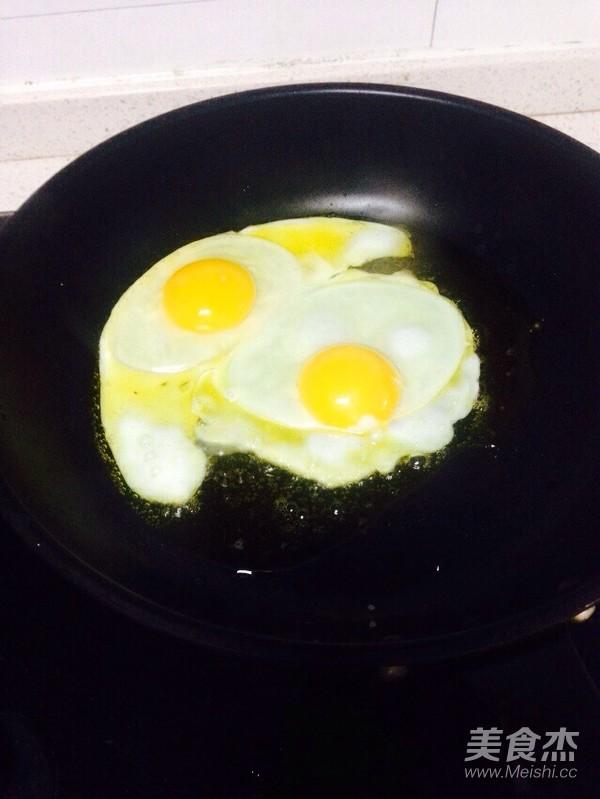 鸡蛋猪肉米粉怎么做