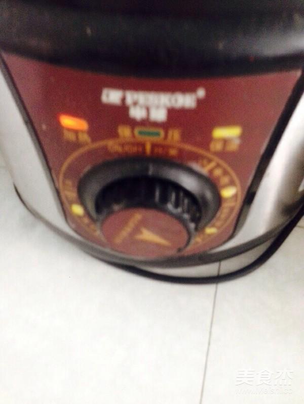 红枣桂圆红豆红米花生粥的简单做法