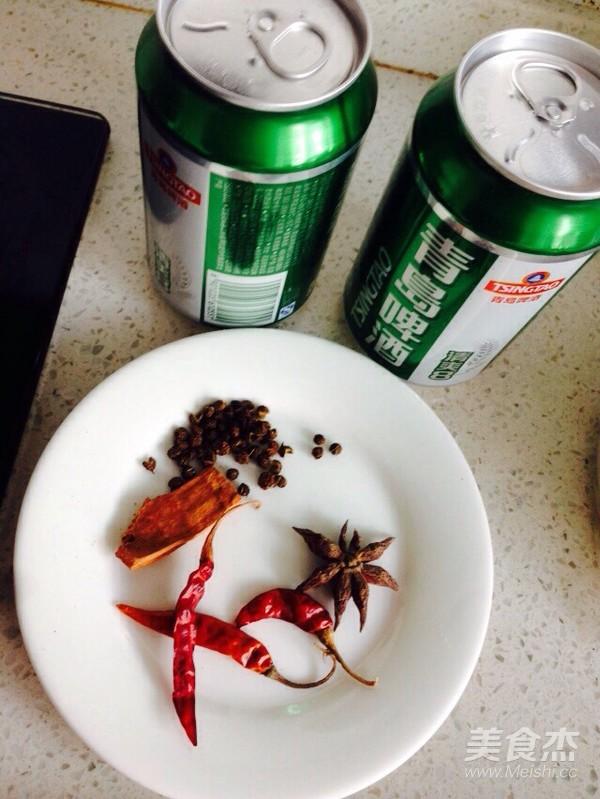 砂锅啤酒炖鸭肉的简单做法