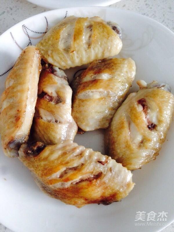 砂锅板栗炖鸡翅怎么吃