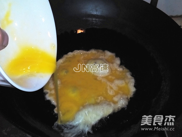 韭菜鸡蛋虾仁煎饺的家常做法
