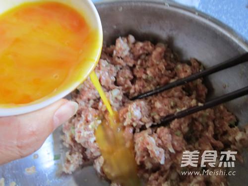 传统美食--四喜丸子怎么吃