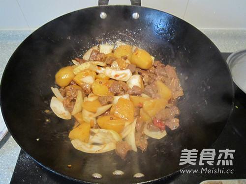 西北风味菜土豆炖羊肉怎样炒