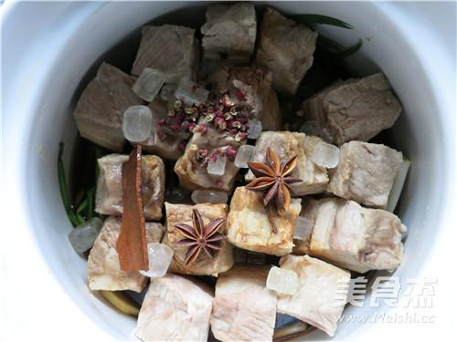 软糯香酥东坡肉怎样煮