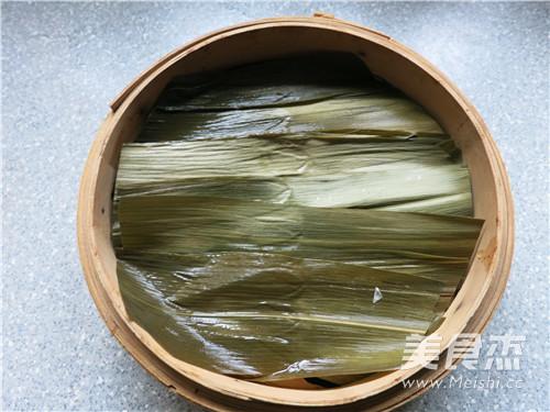 苇叶糯米排骨香怎么做