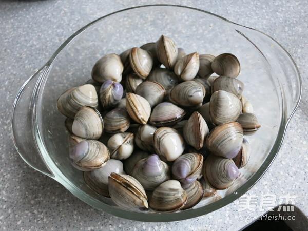 海鲜蛤蜊汤的家常做法