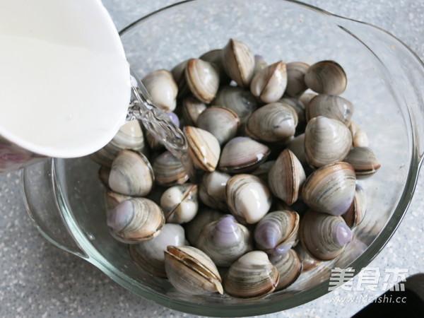 海鲜蛤蜊汤的简单做法