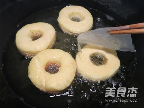 巧克力多彩甜甜圈怎样煮