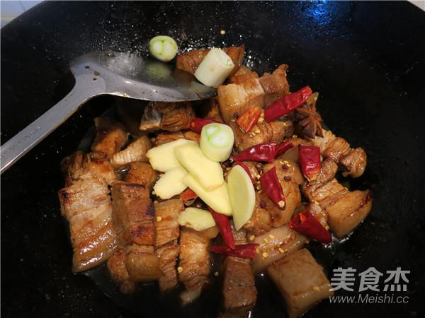 红烧肉炖土豆怎样煮