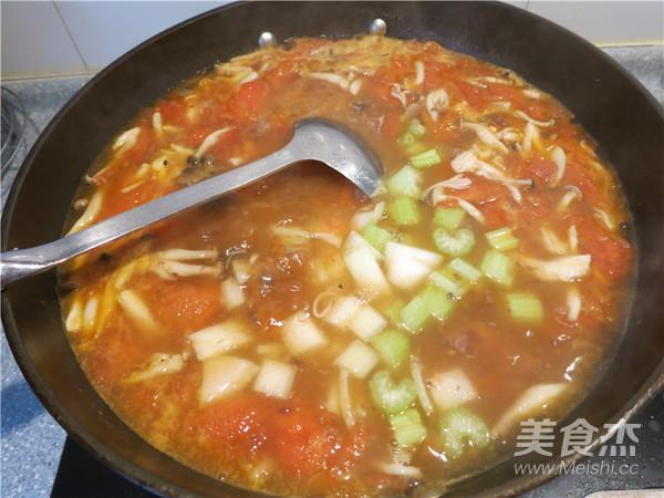 西红柿牛腩汤怎样炒