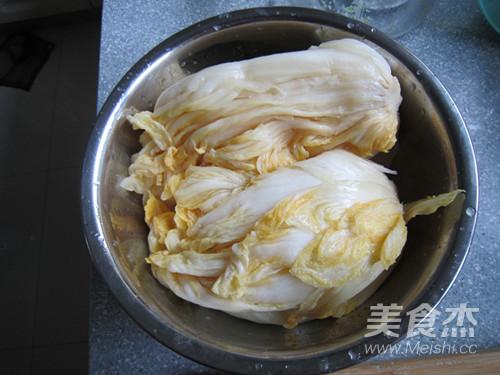 酸菜猪肉水饺的简单做法