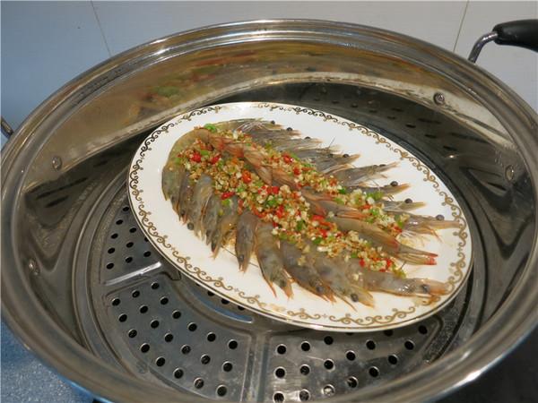 翘尾巴的金银蒜蓉开背虾的做法大全