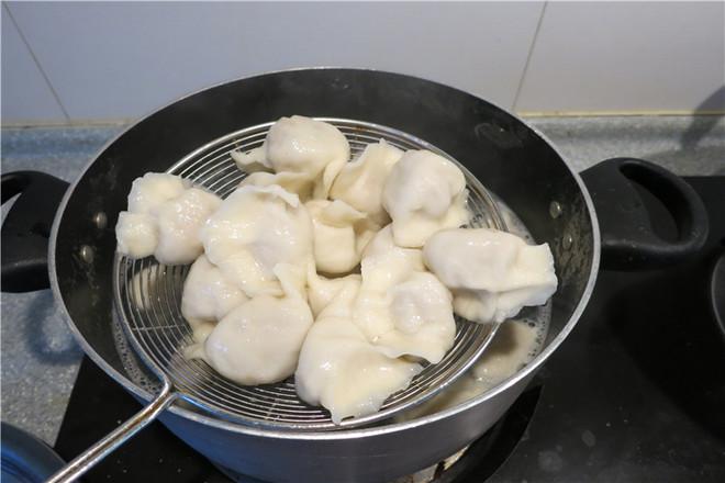 洋葱猪肉馅水饺的制作方法