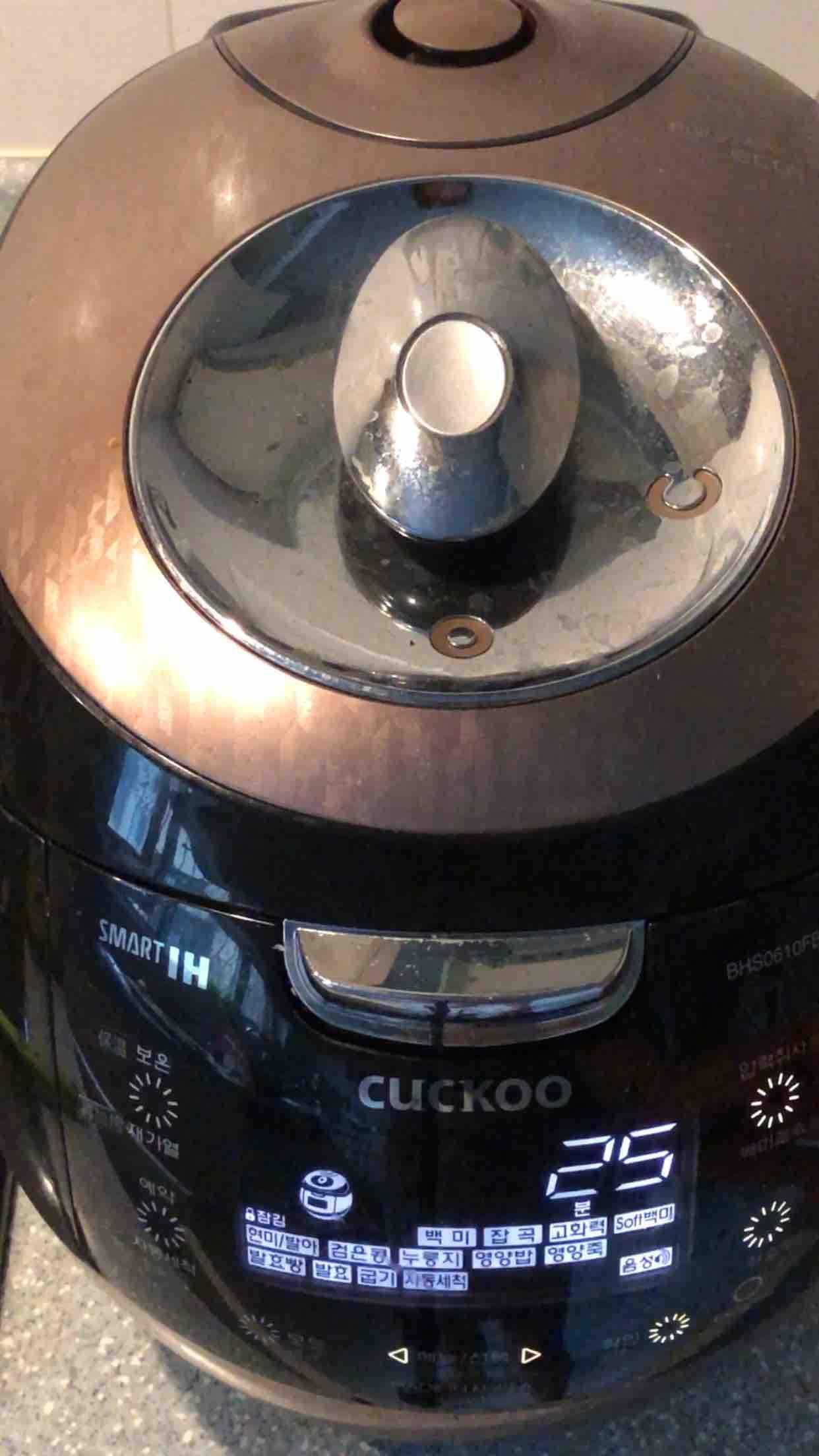 电饭煲炖鸡怎样炒