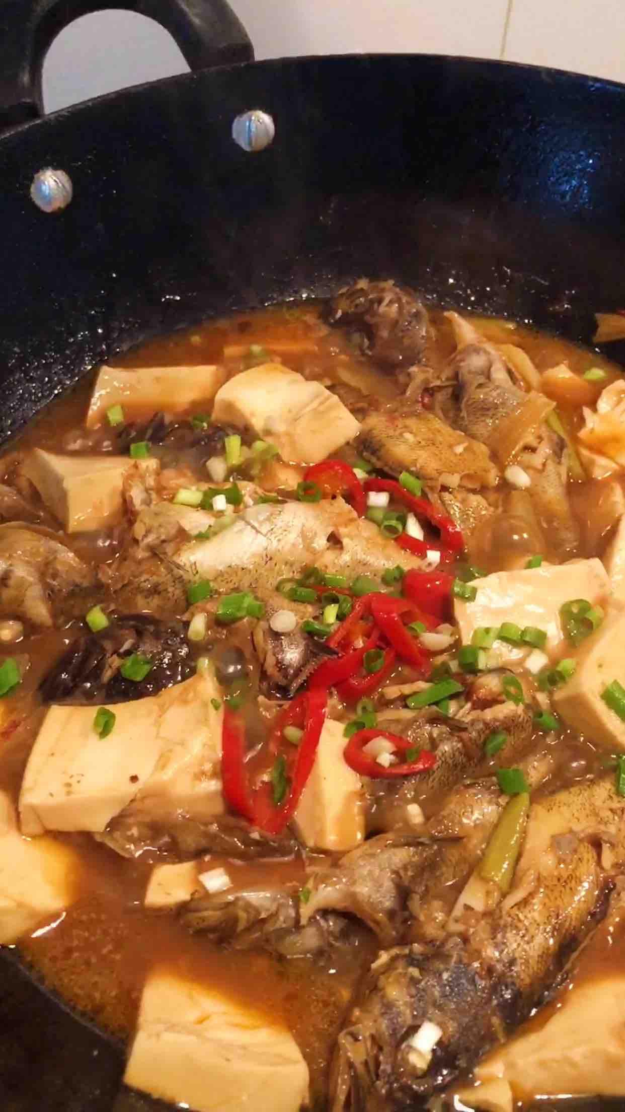 海鱼炖豆腐怎样煸