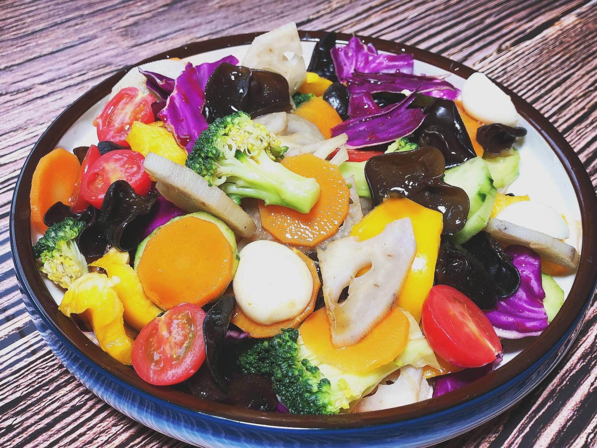 轻食大拌菜成品图