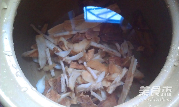 虫草花清补汤的家常做法