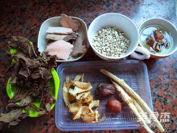 土茯苓猪骨汤的做法大全