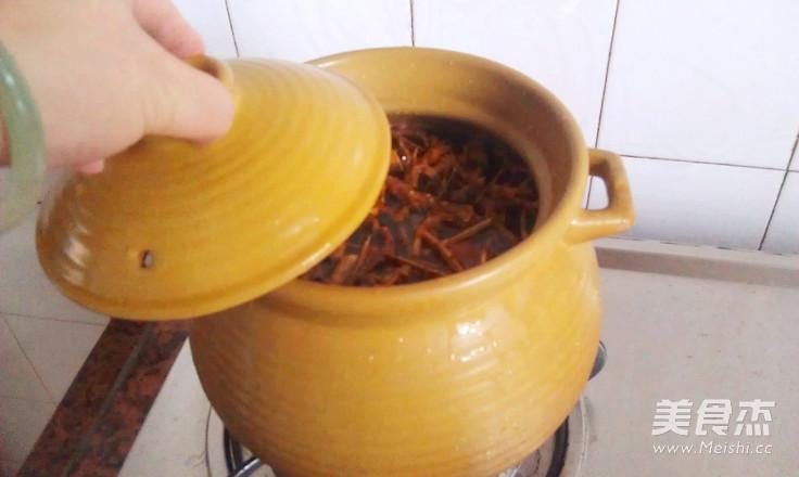 地骨皮玉米甘笋骨头汤怎么煮