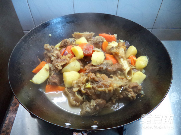 羊肉焖土豆怎么煮