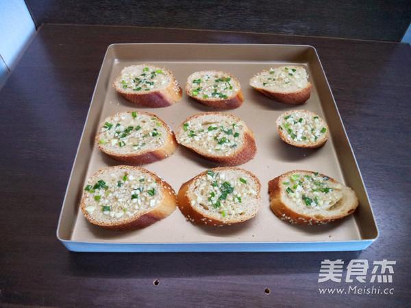 蒜香面包片怎么吃