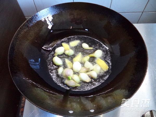 土豆焖鸡块的做法图解