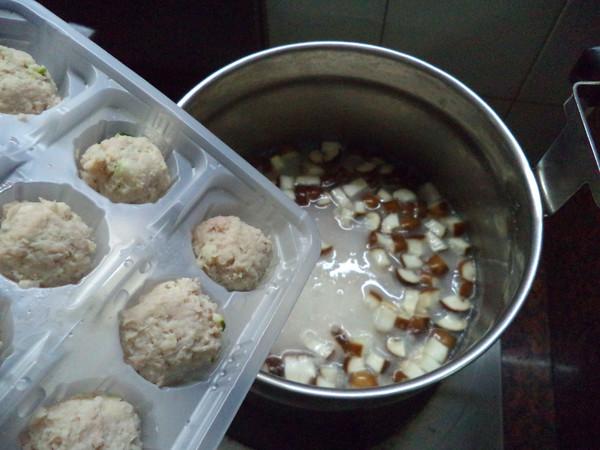 香菇粟米肉丸粥怎么吃