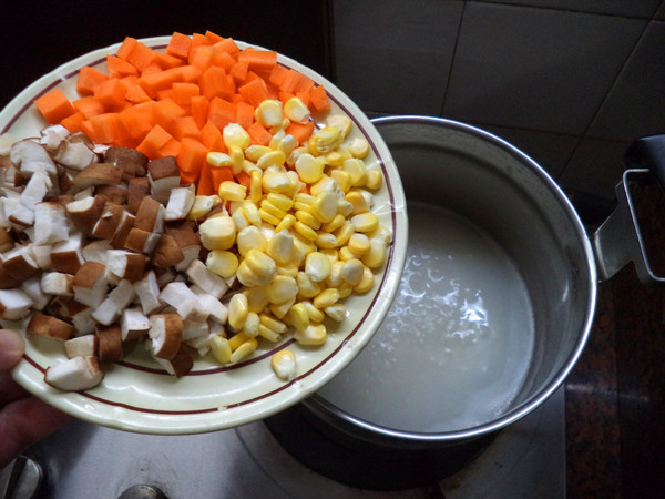 香菇粟米肉丸粥的家常做法