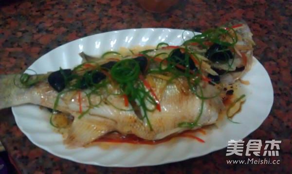 油榄角蒸鲈鱼怎么煮