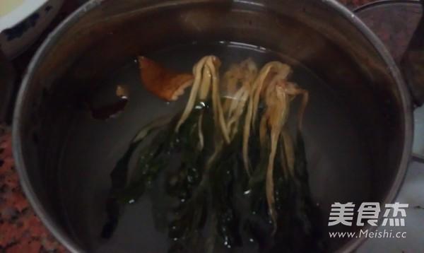 菜干排骨粥怎么吃