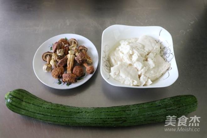 姬松茸丝瓜豆腐汤的做法大全