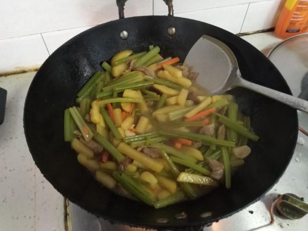 芹菜土豆条怎样煮