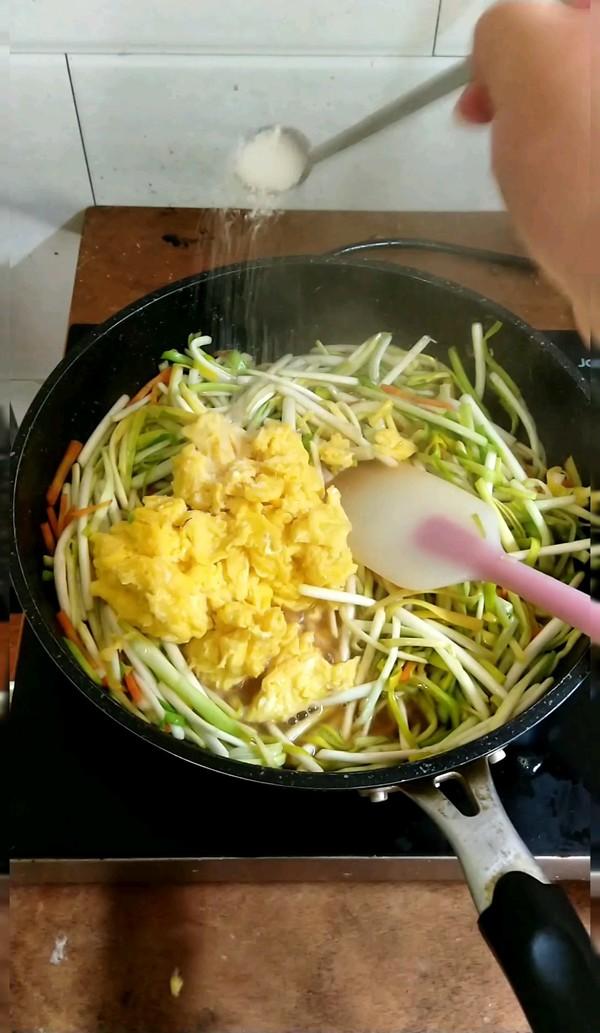 韭黄炒鸡蛋的简单做法