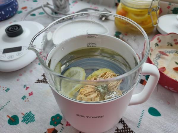 柠檬菊花茶的家常做法