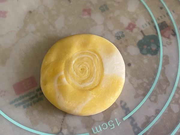 喜气洋洋の彩色螺旋酥,颜值超高让人惊艳!的做法大全
