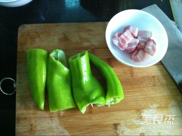 五花肉炖茄条的做法图解